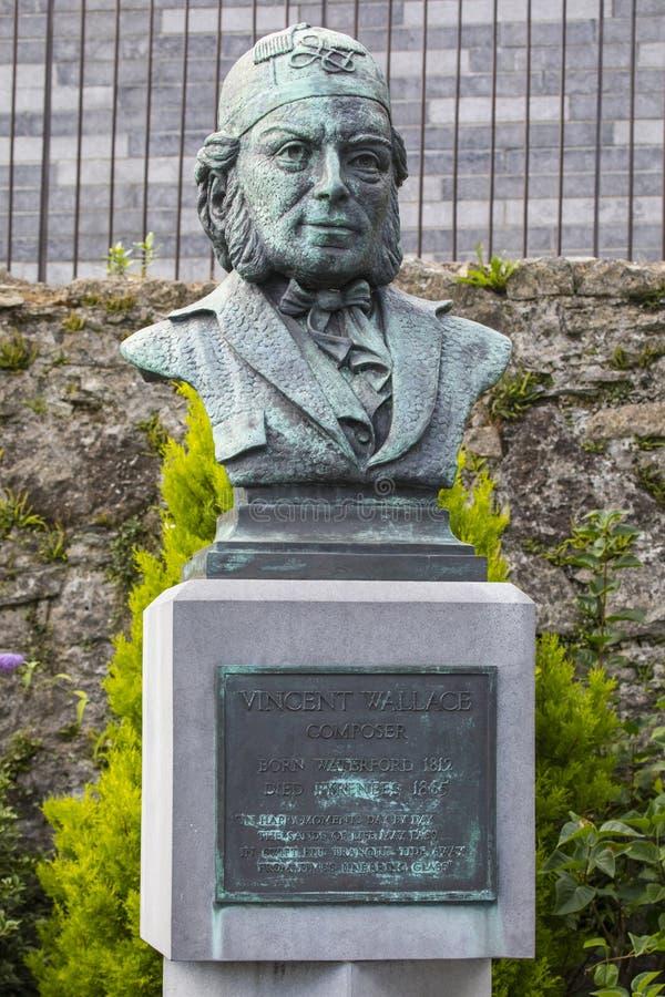 Vincent Wallace Monument i Waterford royaltyfria bilder