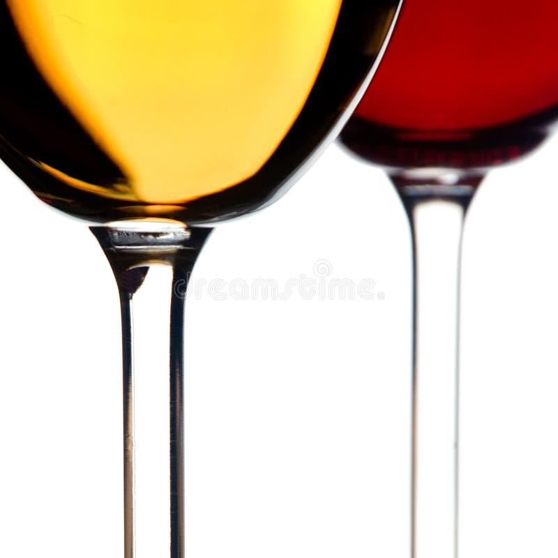 Vinho branco e vermelho