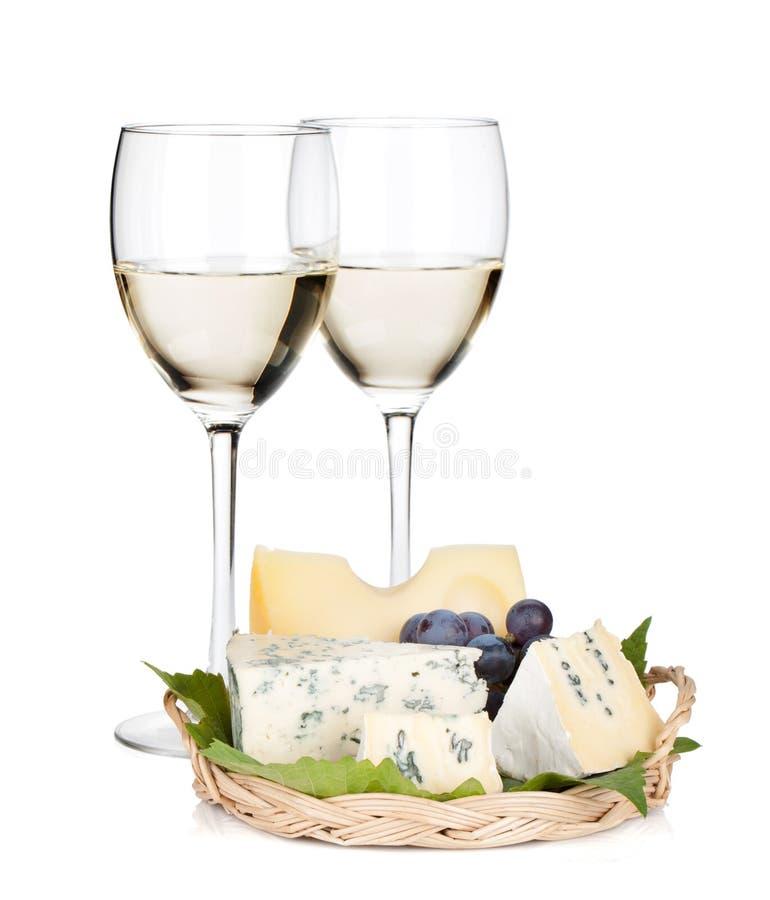 Vinho branco, queijo e uva fotos de stock
