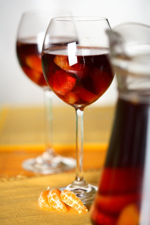 Vinho de frutas do Sangria- imagens de stock royalty free