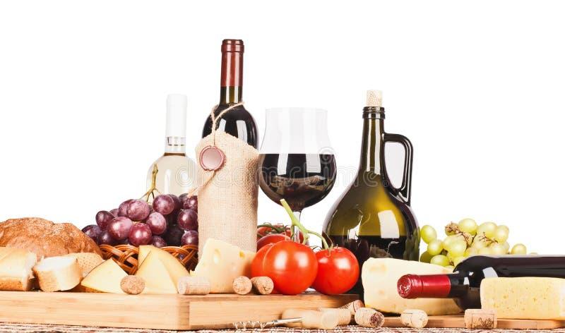 Vinho e alimento isolados fotos de stock