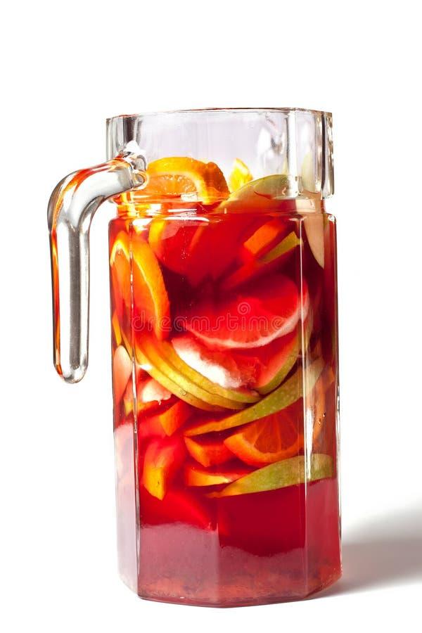 Vinho vermelho refrigerado com frutas foto de stock royalty free