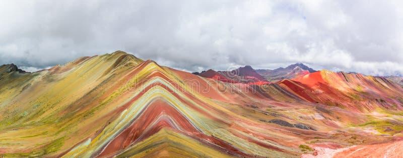 Vinicunca ou montagne d'arc-en-ciel, Pitumarca, Pérou images stock