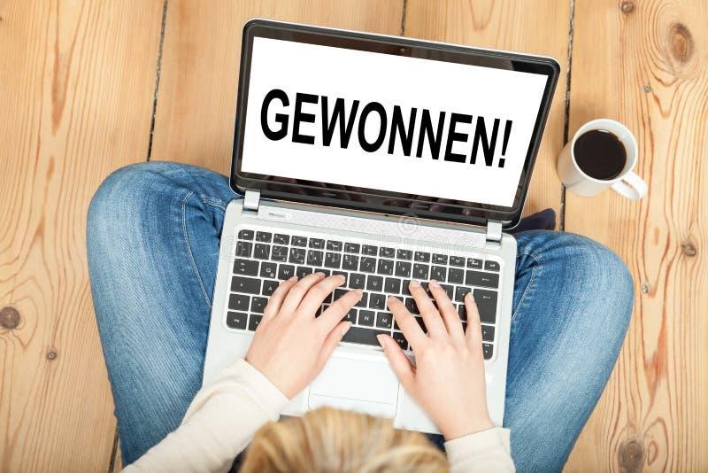Vinnare (i tysk) arkivfoton