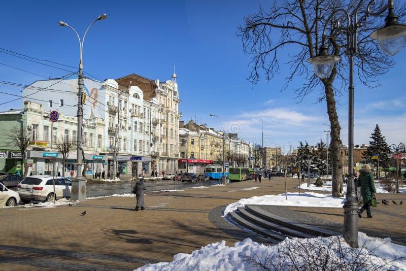 VINNYTSIA, взгляд УКРАИНЫ - 19-ое марта 2018 улицы Soborna с стоковое фото rf