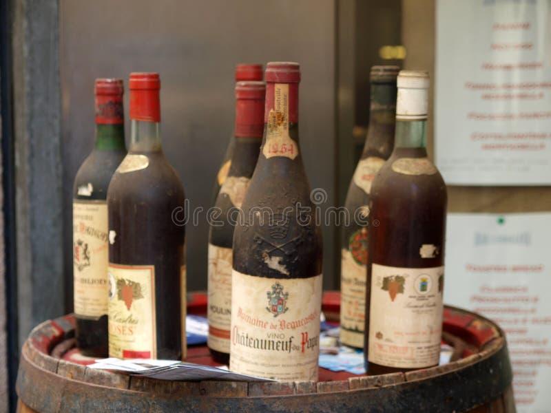 Vino de Vinatge del Chateauneuf-du-Pape imagen de archivo