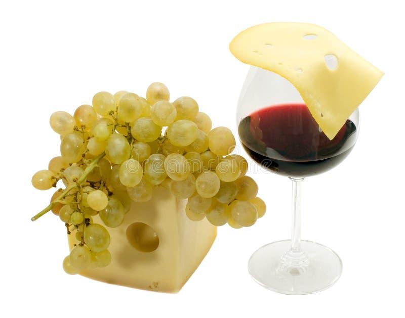 Vino rosso, uva e formaggio fotografia stock libera da diritti