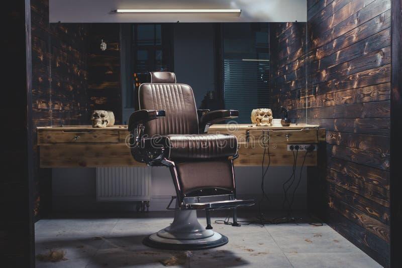 Vintage à moda Barber Chair fotografia de stock royalty free