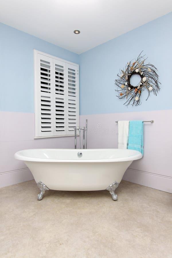 Vintage bathtub royalty free stock photos