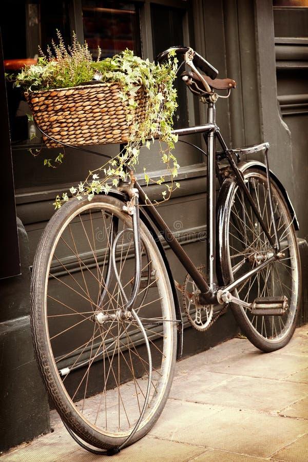 Free Vintage Bicycle Stock Image - 35086181