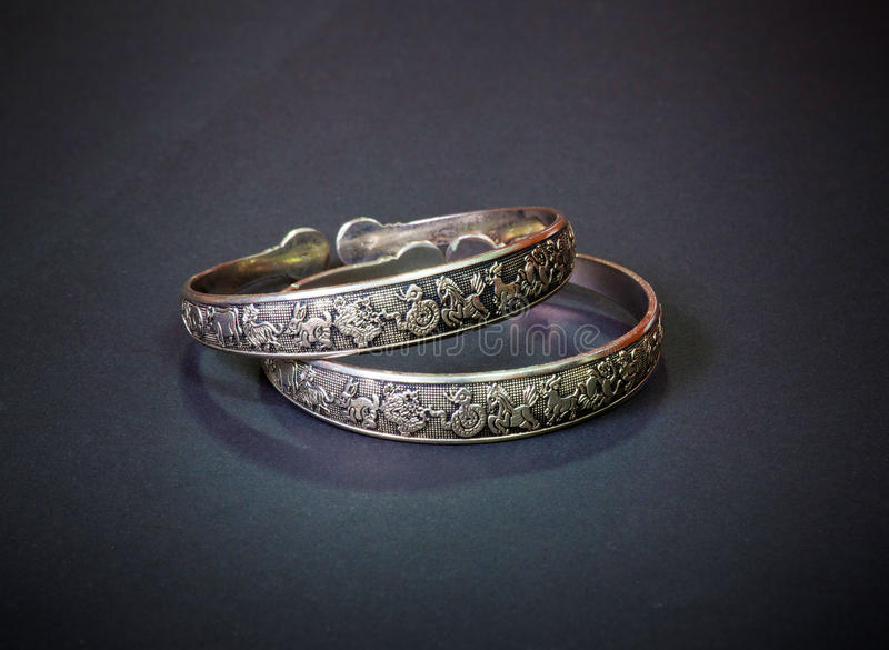Download Vintage bracelet stock photo. Image of reflection, fashion - 20916138