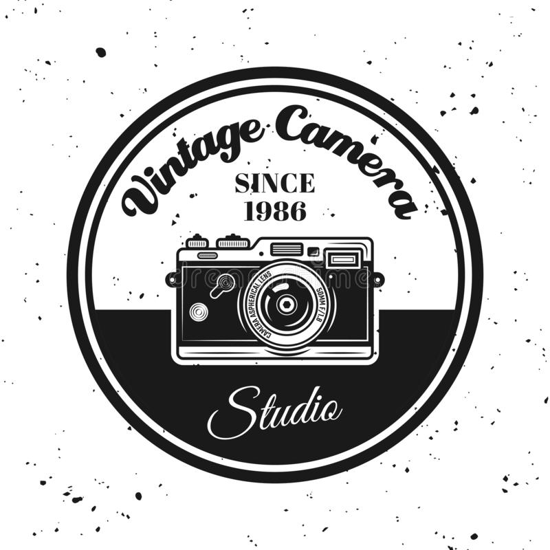 Free Vintage Camera Vector Round Emblem, Label, Badge Royalty Free Stock Photo - 149510985