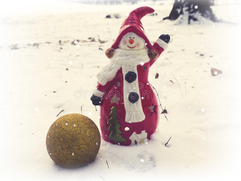Vintage cerâmico da decoração da casa do boneco de neve imagens de stock royalty free