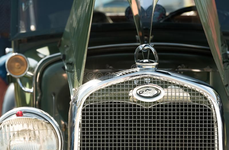 Vintage Ford grille fotografia de stock