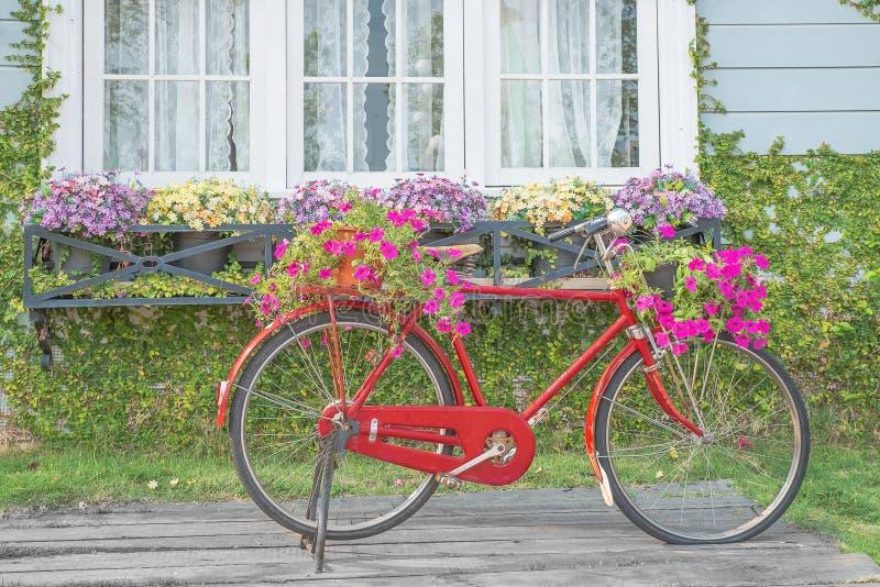 Download Vintage Garden Bicycle Stock Image. Image Of Wheel, Retro    43864655