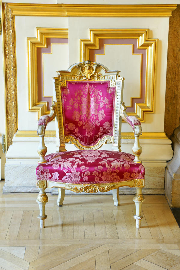 Download Vintage Pink Silk And Gold Frame Chair Stock Image - Image: 23328151
