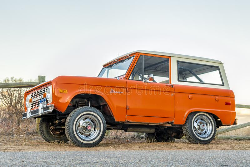 Vintage, primeira geração, vagão da guarda florestal de Ford Bronco foto de stock royalty free
