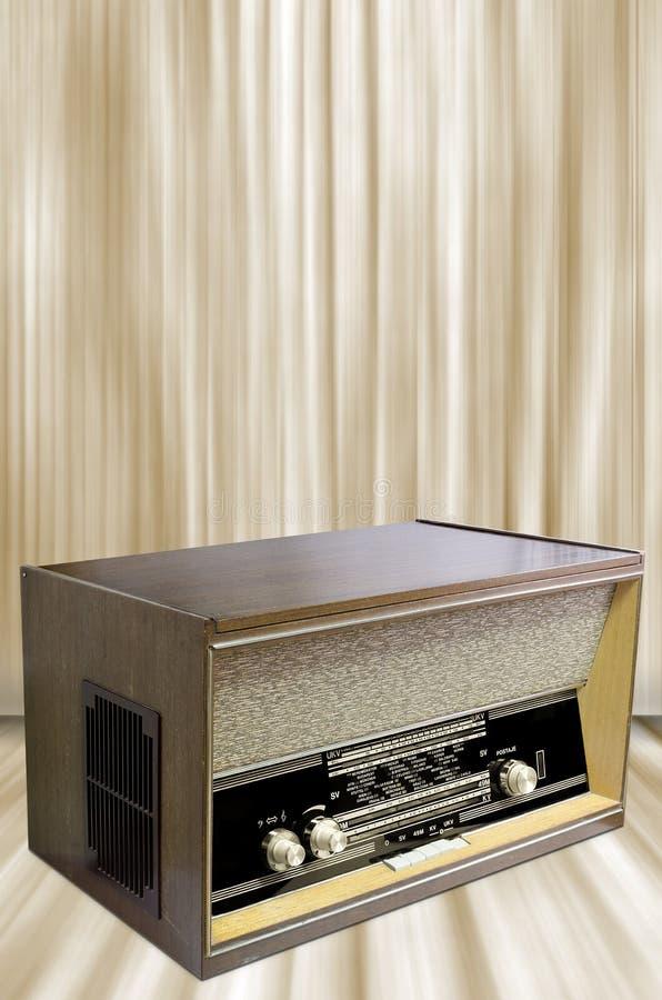Download Vintage radio stock illustration. Illustration of object - 27961263