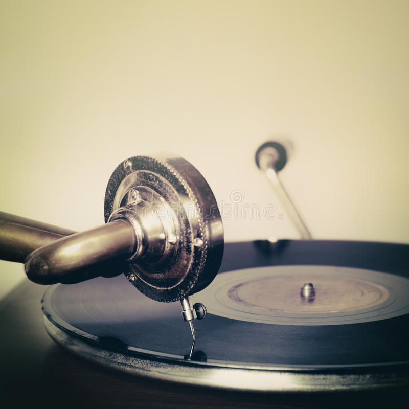 Free Vintage Retro Needle On A Record Gramophone Royalty Free Stock Photos - 45104968