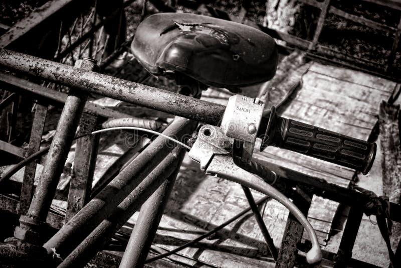 Vintage Rusty Antique Delivery Bicycle Handlebar imagem de stock royalty free