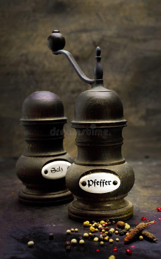 Free Vintage Salt And Pepper Set Stock Images - 32923054