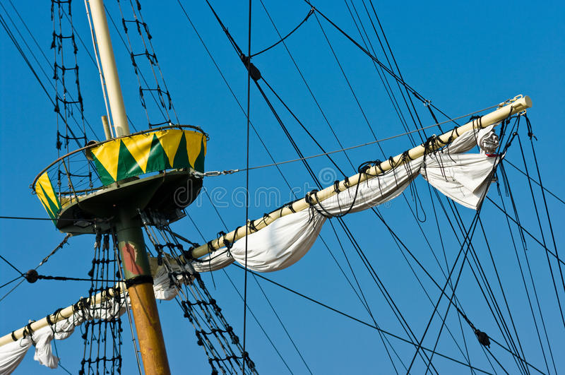 Download Vintage Ship Mast Royalty Free Stock Images - Image: 16012189