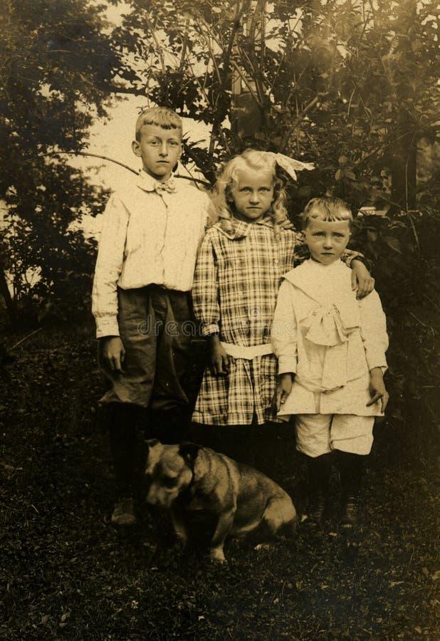 Vintage Siblings Royalty Free Stock Photos