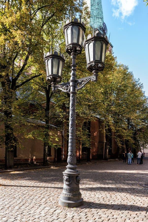 Free Vintage Streetlight At Street Of Old Town In Riga, Latvia Stock Image - 78283811