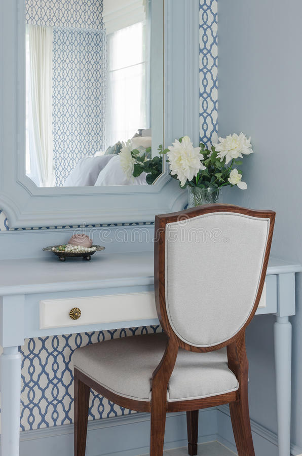 Download Vintage Style Dressing Table And Chair Stock Photo   Image:  48325670