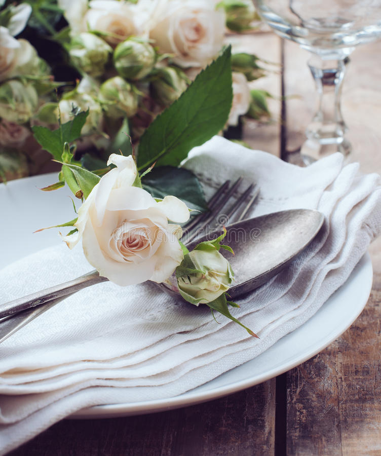 Download Vintage Table Setting With Roses Stock Photo - Image of closeup country 32579212 & Vintage Table Setting With Roses Stock Photo - Image of closeup ...