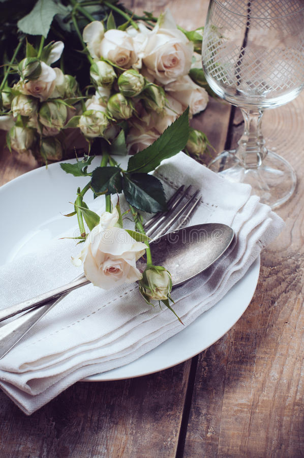 Download Vintage Table Setting With Roses Stock Image - Image of banquet fork 32579245 & Vintage Table Setting With Roses Stock Image - Image of banquet ...