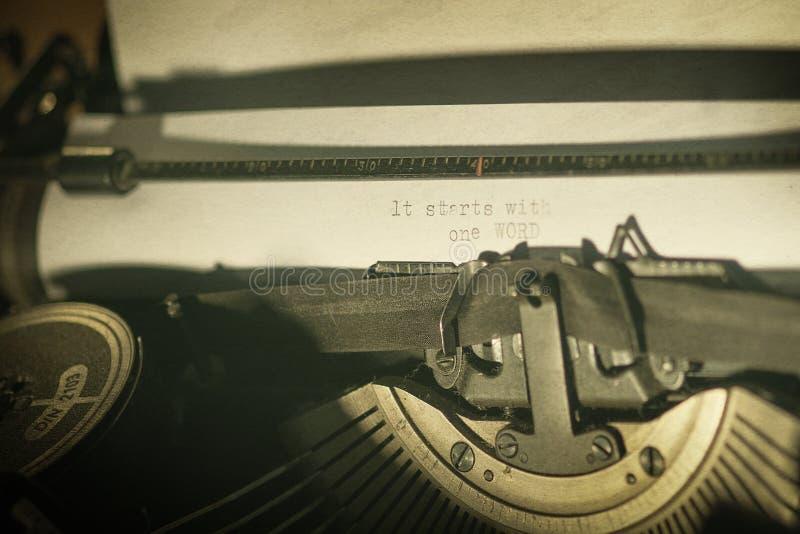 Vintage Typewriter Free Public Domain Cc0 Image