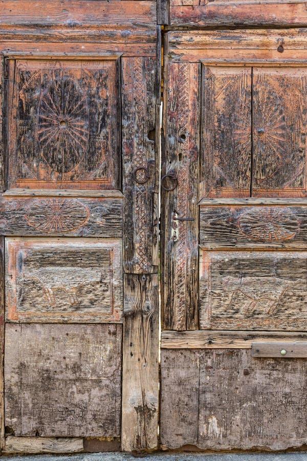 Download Vintage wooden door. stock image. Image of copper, handle - 39506031