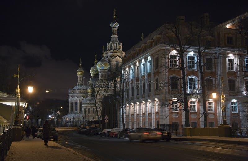 vinter för gata för nattpetersburg st arkivbilder