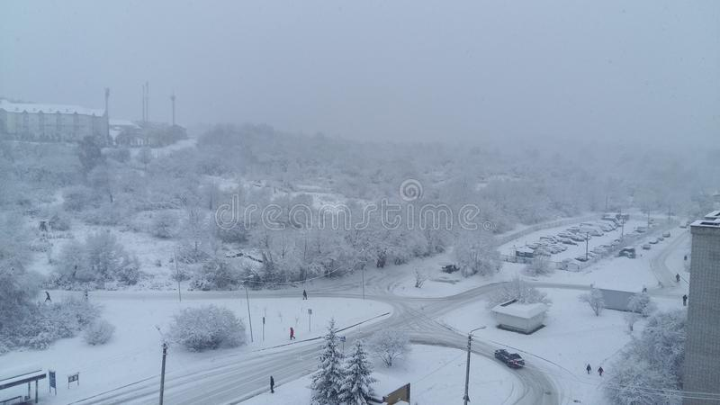 vinter för snow för pojkeferielay royaltyfri foto