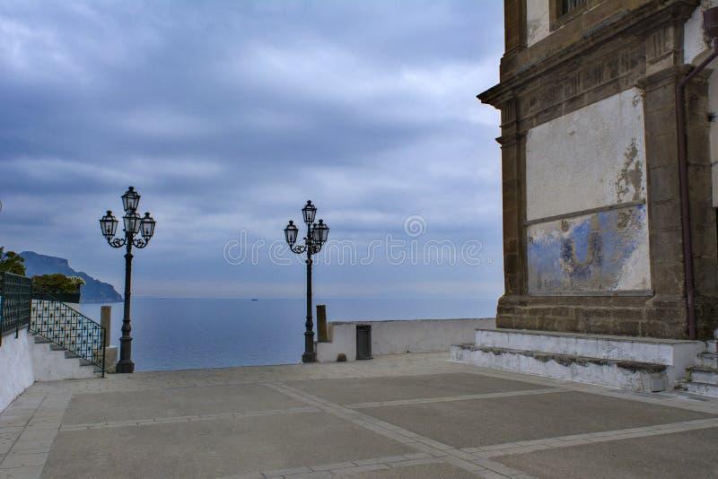 Vinter i Atrani royaltyfria bilder