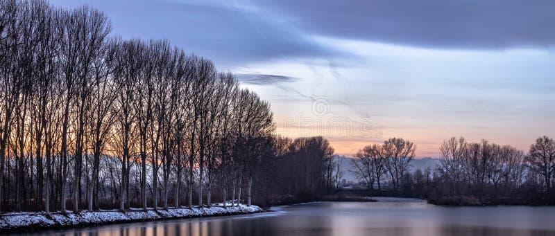Vinter Po River royaltyfri foto