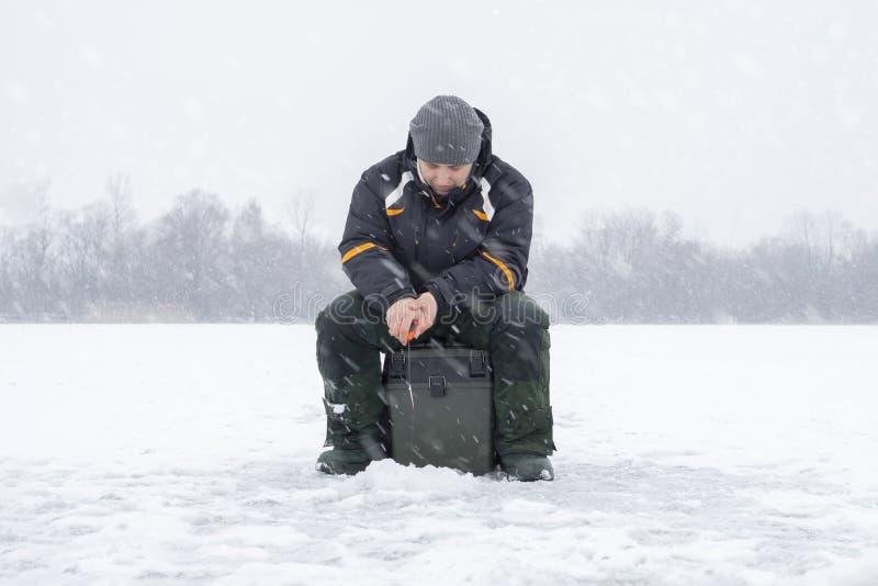 Vinter som fiskar begrepp  royaltyfri bild