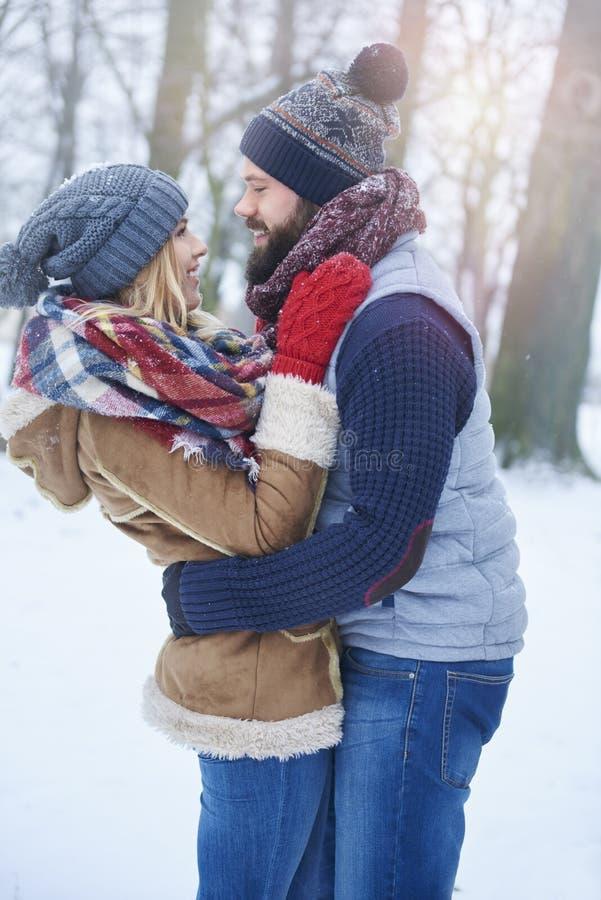 Vinterförälskelse royaltyfri fotografi