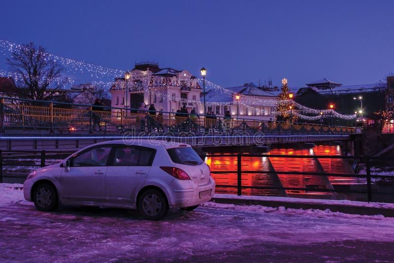 Vintergryning i staden fotografering för bildbyråer