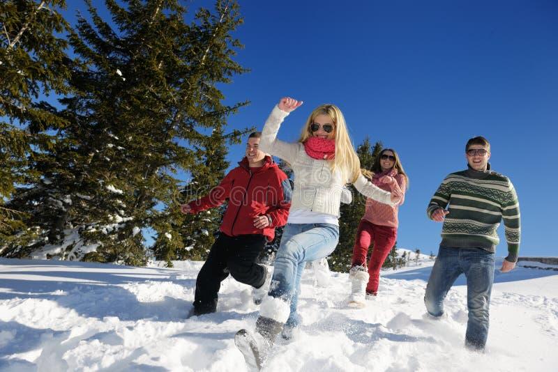 Vintergyckel med ungdomargruppen royaltyfri fotografi