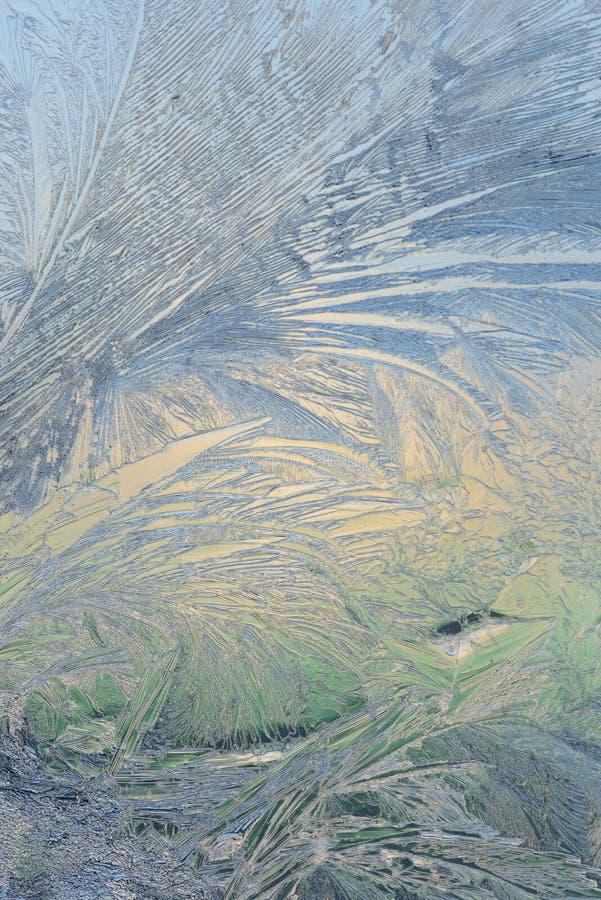 Vinterismodeller på exponeringsglas och en blå himmel Bokeh royaltyfria foton