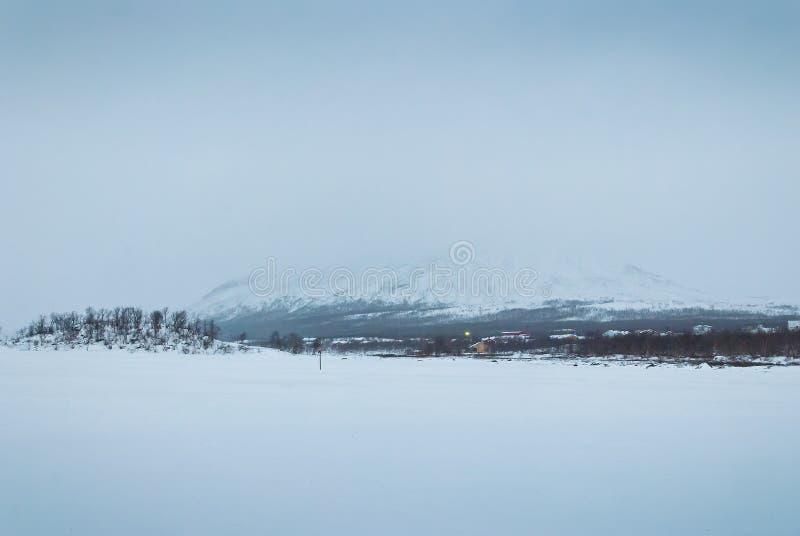 Vinterlandskap av tundran arkivbilder