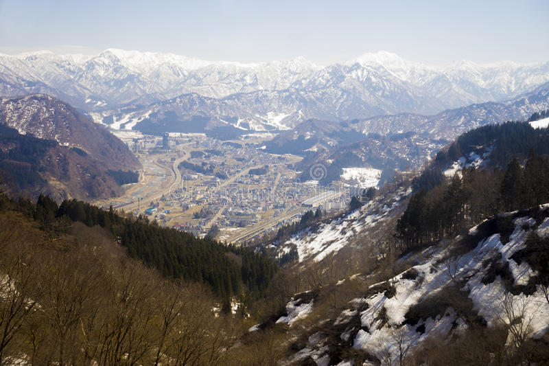 Vintersäsong i Yuzawa, Japan arkivbilder