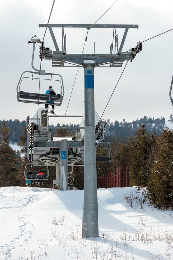 Vintersäsong Ski Lift royaltyfri fotografi