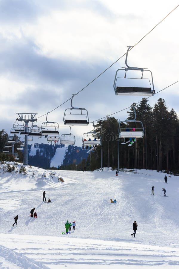 Vintersäsong Ski Lift arkivfoton