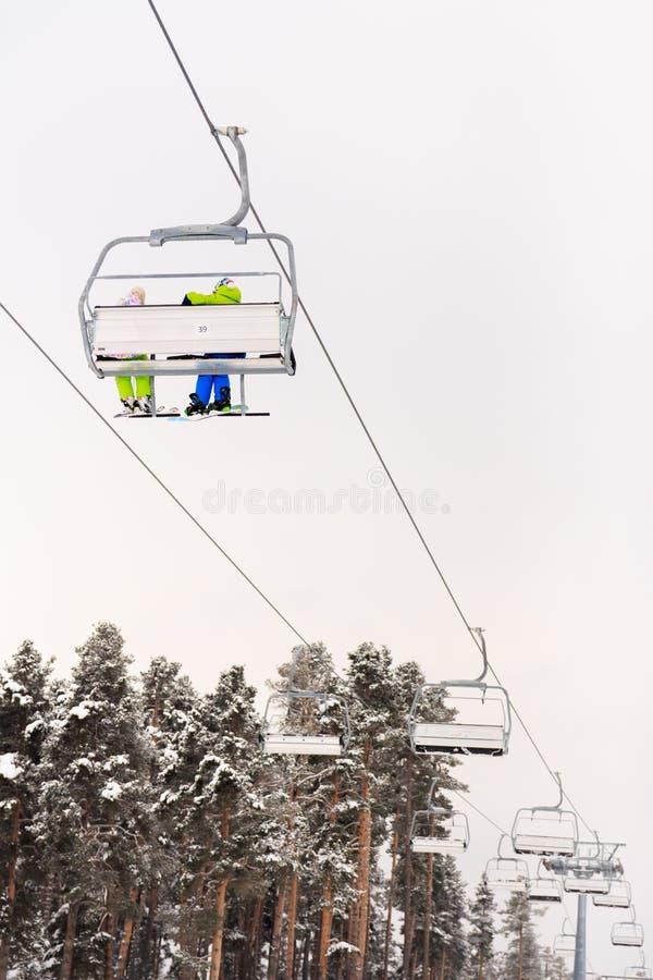 Vintersäsong Ski Lift arkivbilder