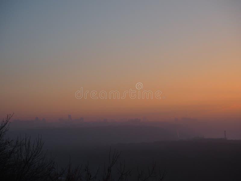 Vintersikt under solnedgång fotografering för bildbyråer
