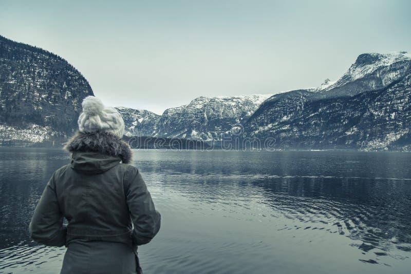 Vintersikten av Hallstatter ser royaltyfri fotografi