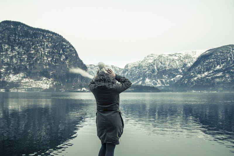 Vintersikten av Hallstatter ser arkivfoton
